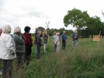 Rondwandeling Lierdal: uitleg over landgoed De Lage Lier in de Kuilse fruitgaard